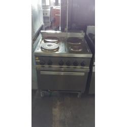 Cucina 4 piastre con forno...